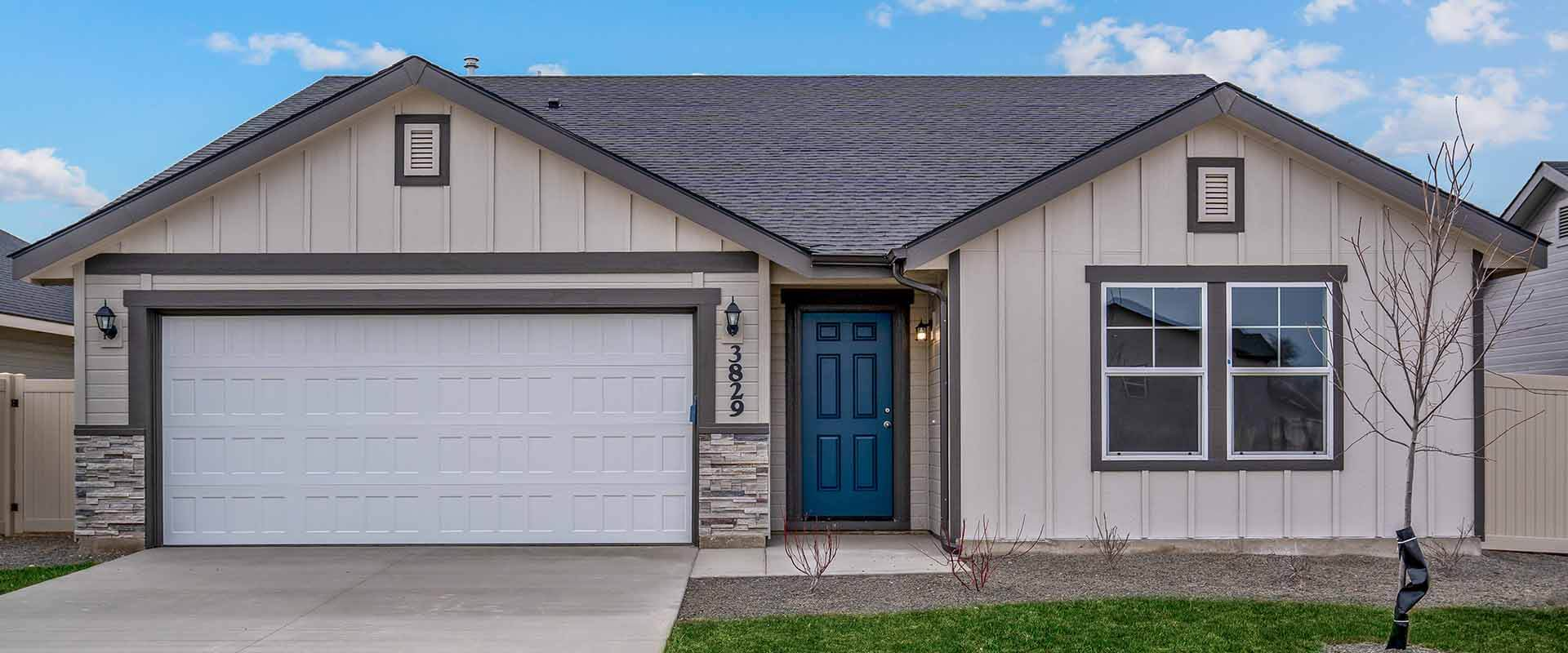 Crestwood_Hubble_Homes_New_Homes_Boise_Exterior2.jpg