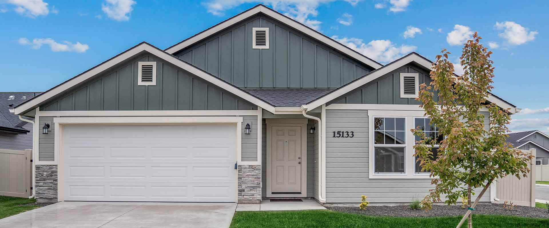 Crestwood_Hubble_Homes_New_Homes_Boise_Exterior3.jpg
