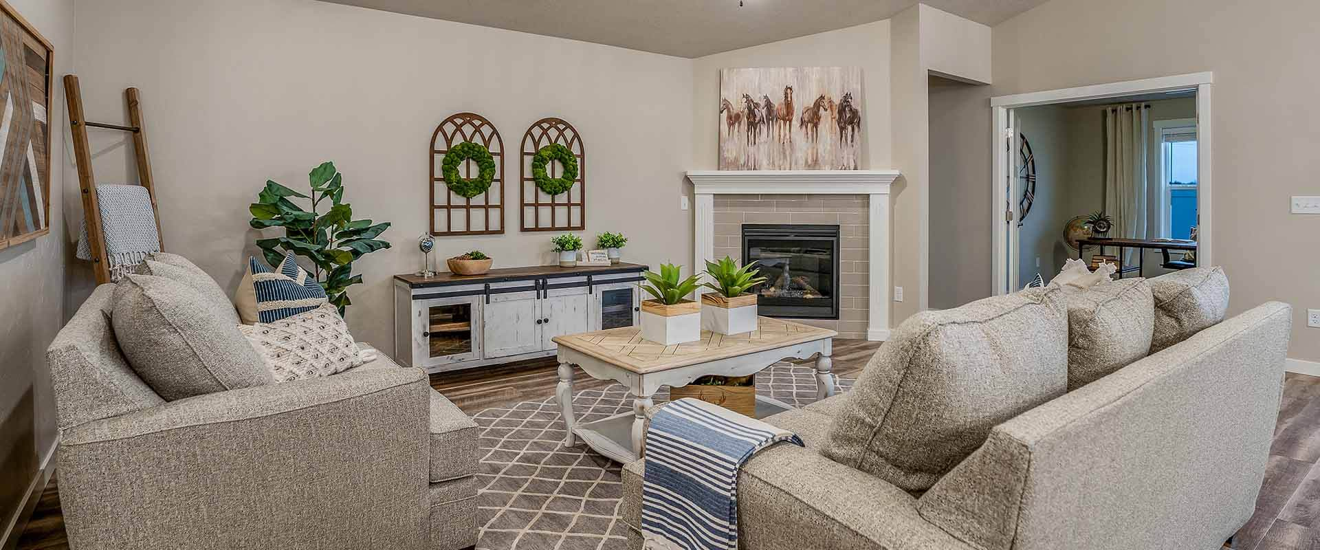 Crestwood_Hubble_Homes_New_Homes_Boise_Great Room.jpg