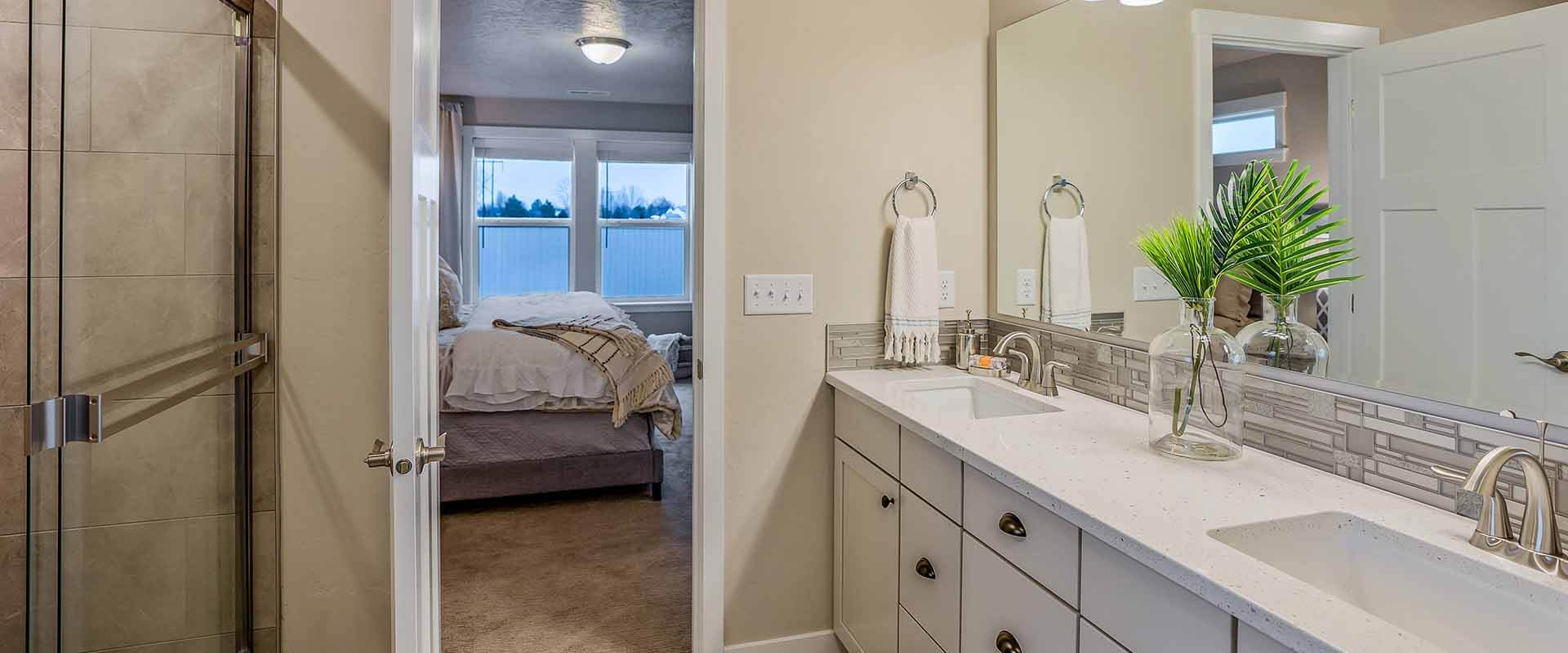 Crestwood_Hubble_Homes_New_Homes_Boise_Master Bath.jpg