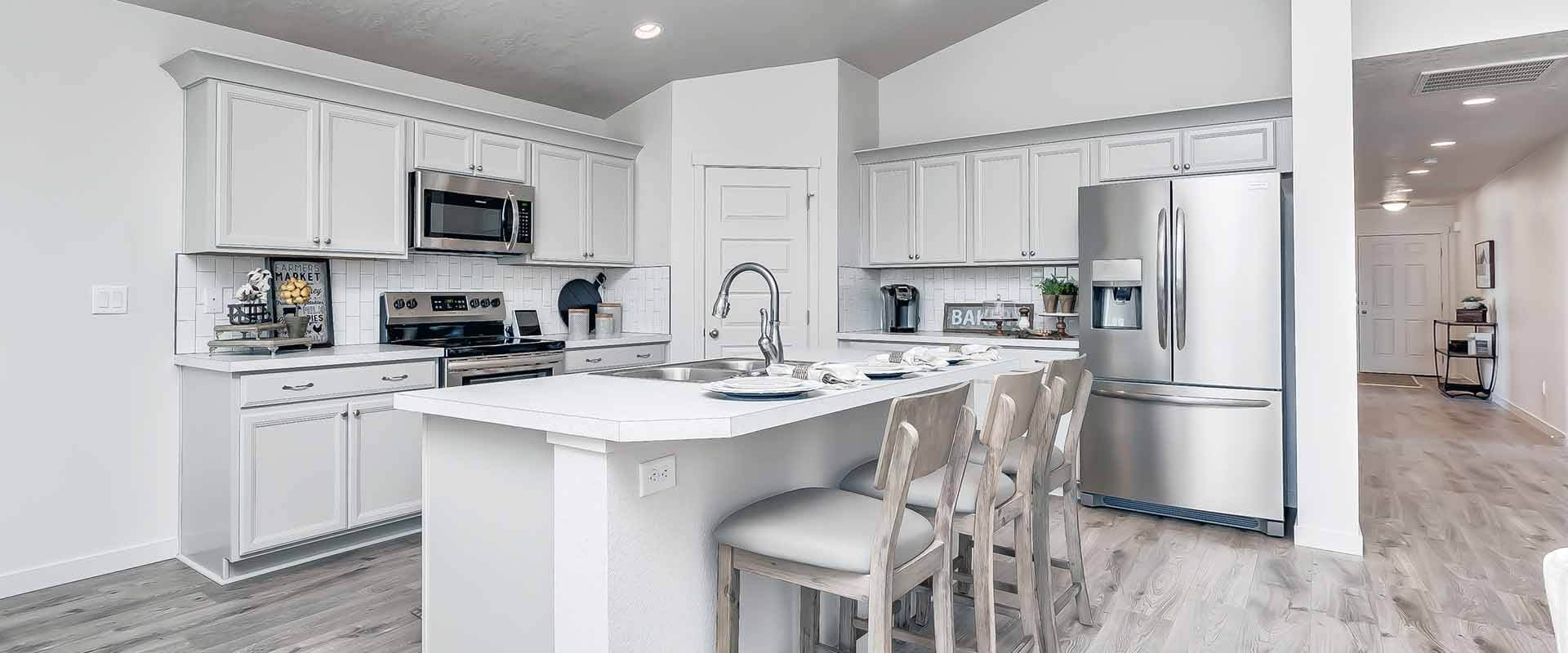 Eagle-Stream-New-Homes-Nampa-Idaho-Brookfield-Kitchen.jpg