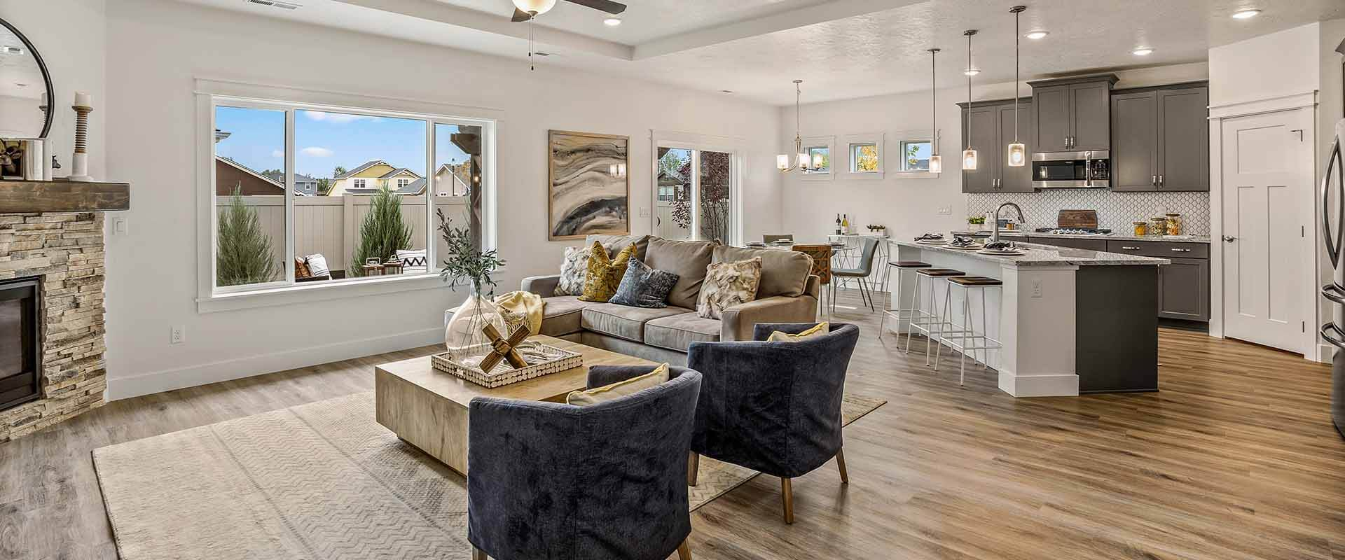 Hubble Homes Parade Home-New-Homes-Star-Idaho_0000_Parade Home - Silkwood - Great Room- 582 N Heliopolis Way-13.jpg