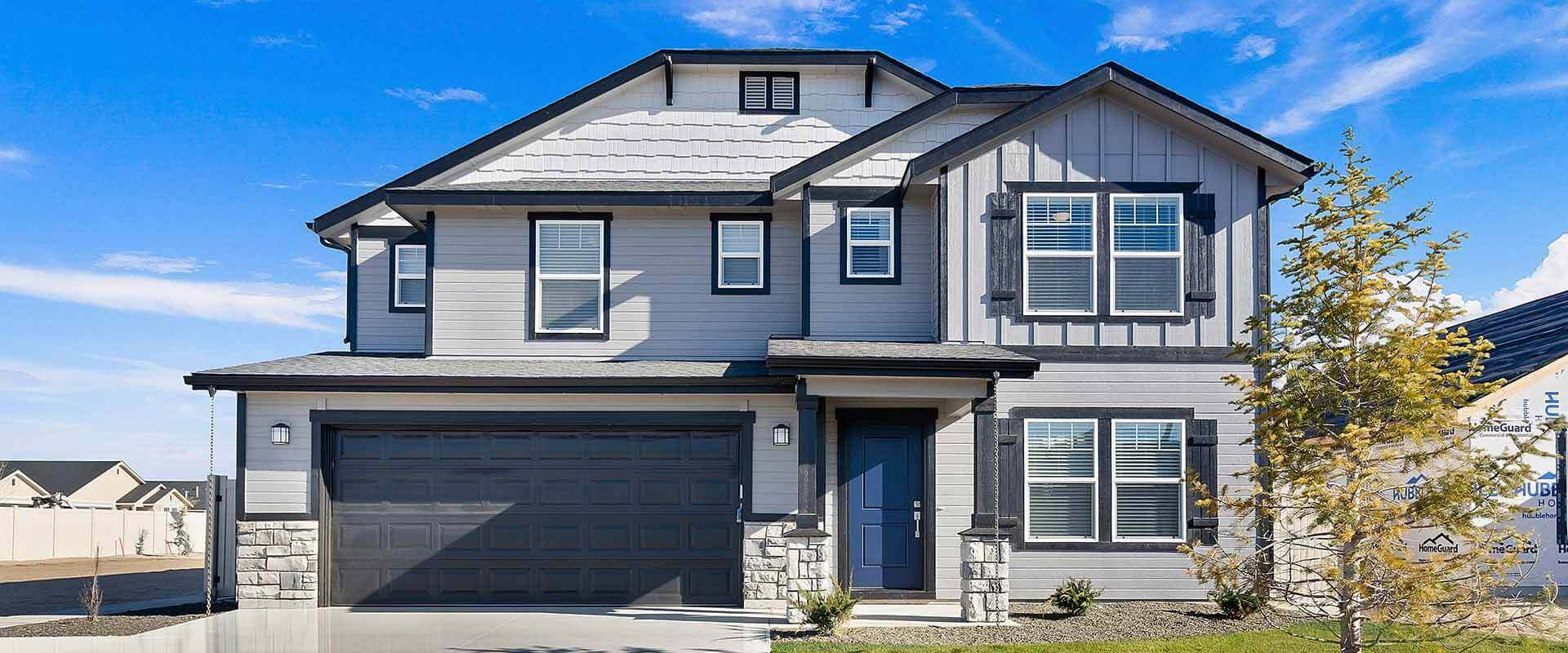 Hubble Homes Spruce Model Exterior 1920x800.jpg