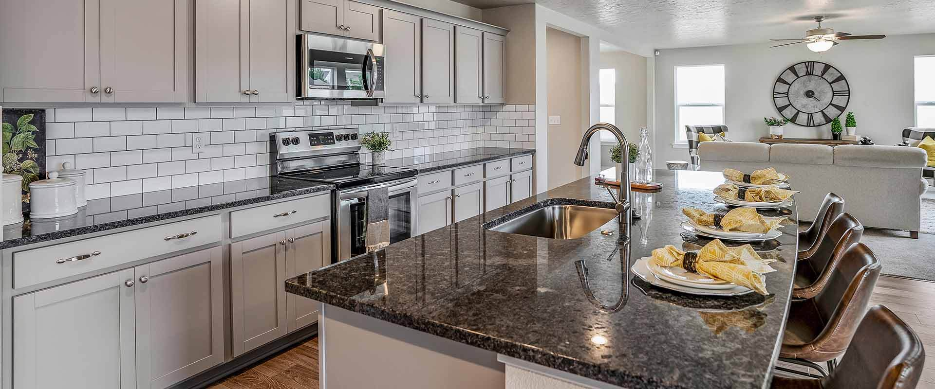 Hubble Homes Yosemite Model Kitchen 1920x800.jpg