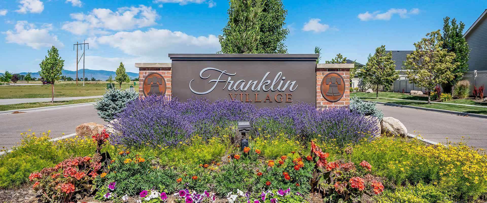 Hubble_Homes_Franklin Village Entrance Monument.jpg