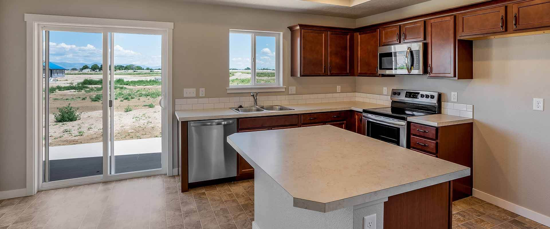 Huckleberry_Hubble_Homes_New_Homes_Boise_0001_Kitchen - Huckleberry -17930 Hensley Ridge Pl-6.jpg