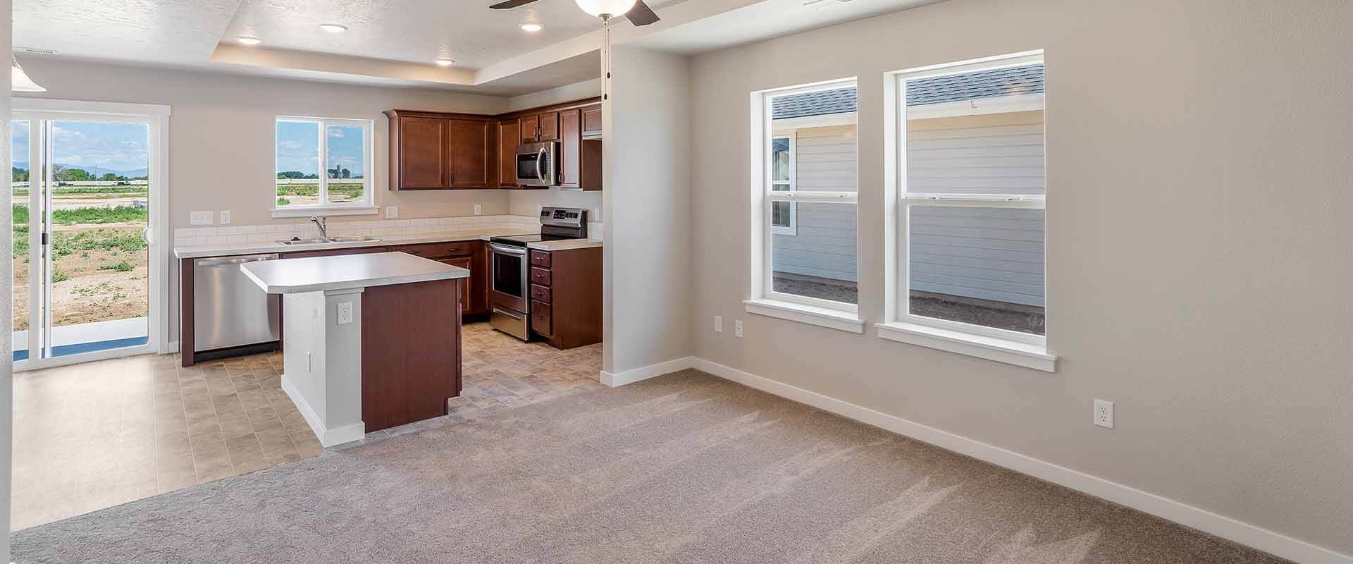 Huckleberry_Hubble_Homes_New_Homes_Boise_0002_Great Room - Huckleberry -17930 Hensley Ridge Pl-5.jpg