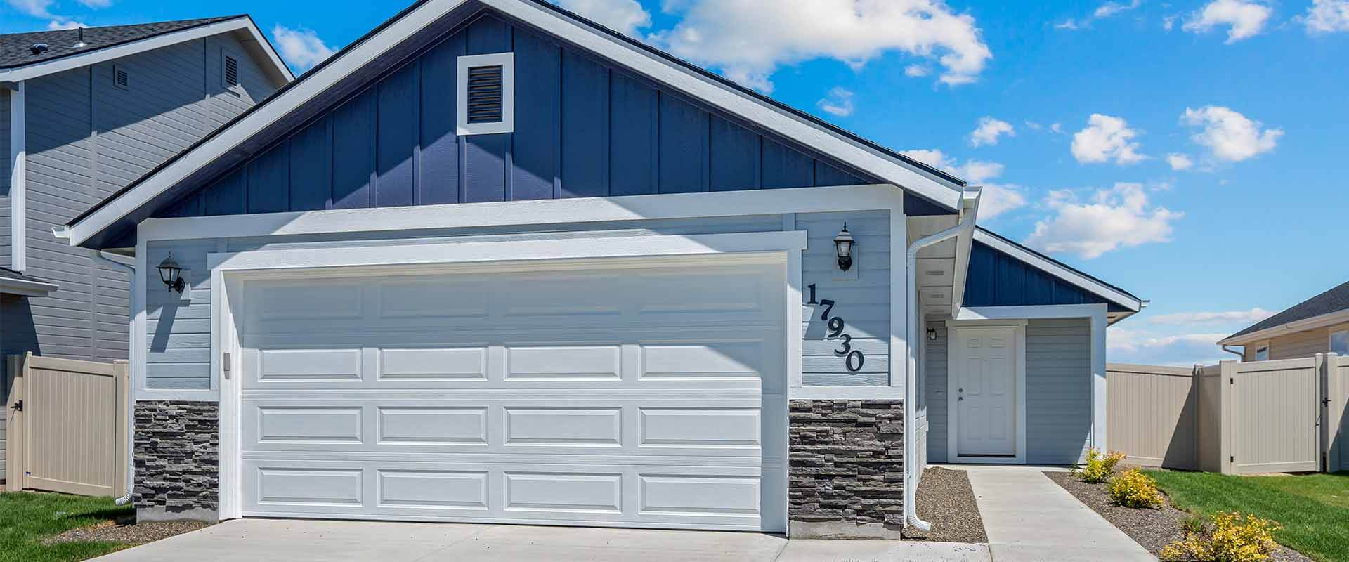 Huckleberry_Hubble_Homes_New_Homes_Boise_0004_Exterior - Huckleberry - 17930 Hensley Ridge Pl-2.jpg