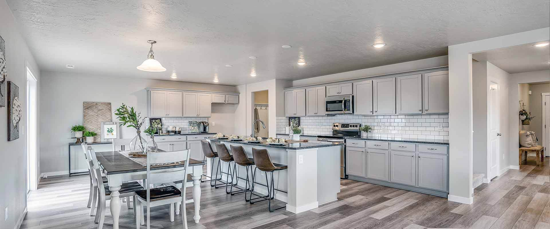 Kitchen-Charter-Pointe-New-Homes-and-Communities-Boise-02.jpg