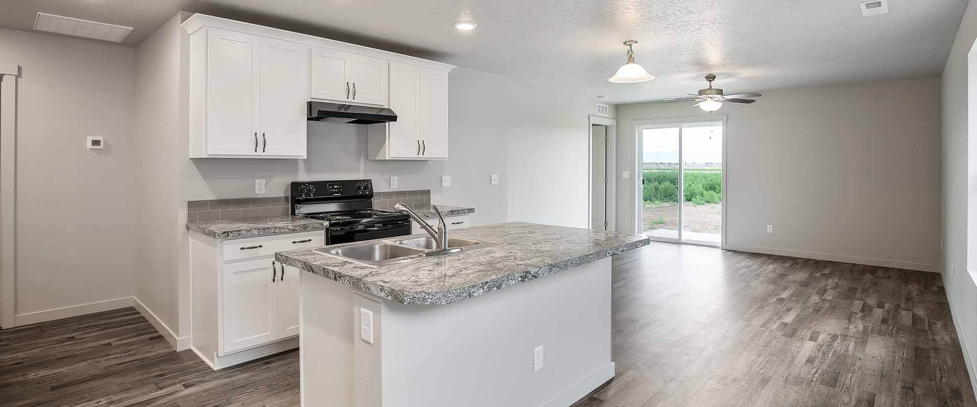 Monarch_Hubble_Homes_New_Homes_Boise_Kitchen_View1.jpg