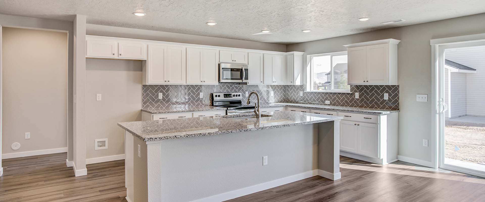 Opal-Bonus-Kitchen-new-homes-boise-idaho-hubble-homes.jpg