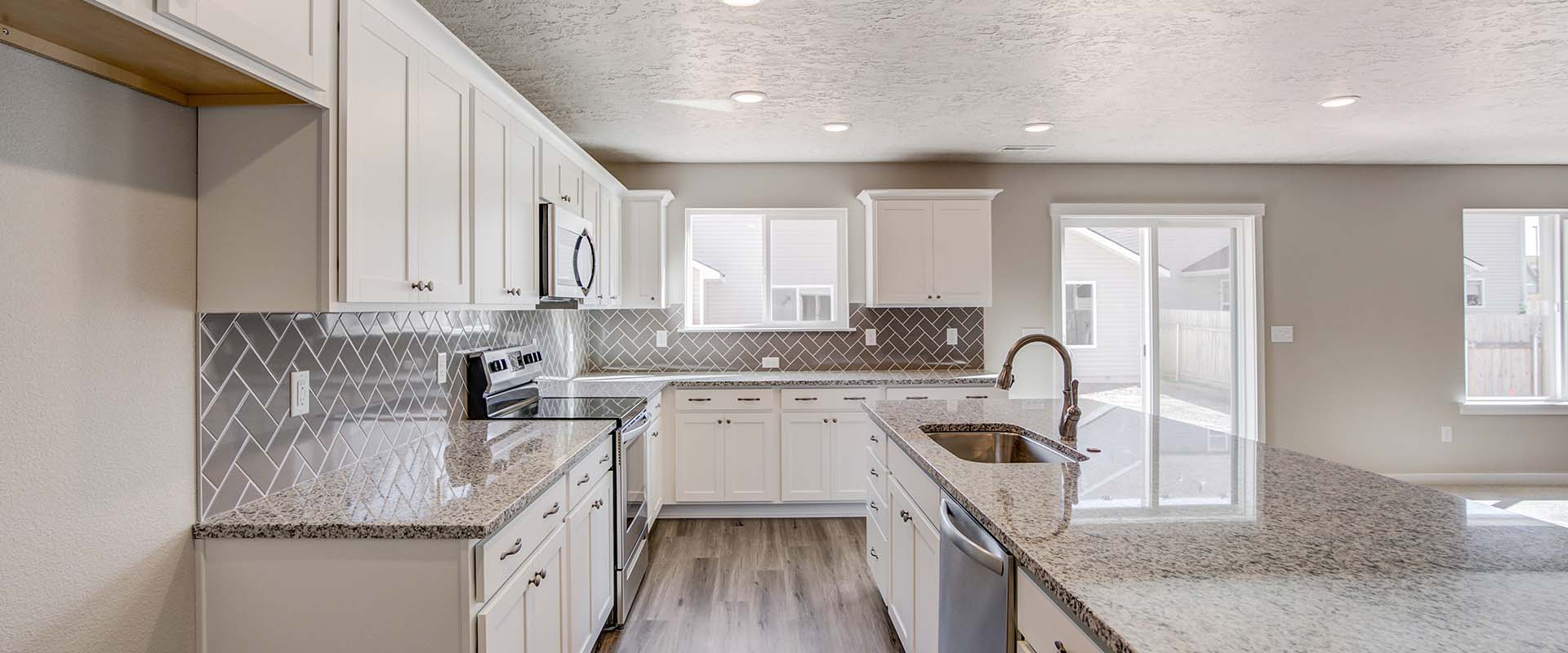 Opal-Bonus-Kitchen1-new-homes-boise-idaho-hubble-homes.jpg