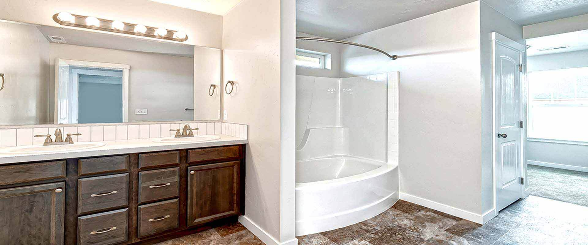 Ponderosa-new-homes-boise-idaho-hubble-homes-master-bath1.jpg