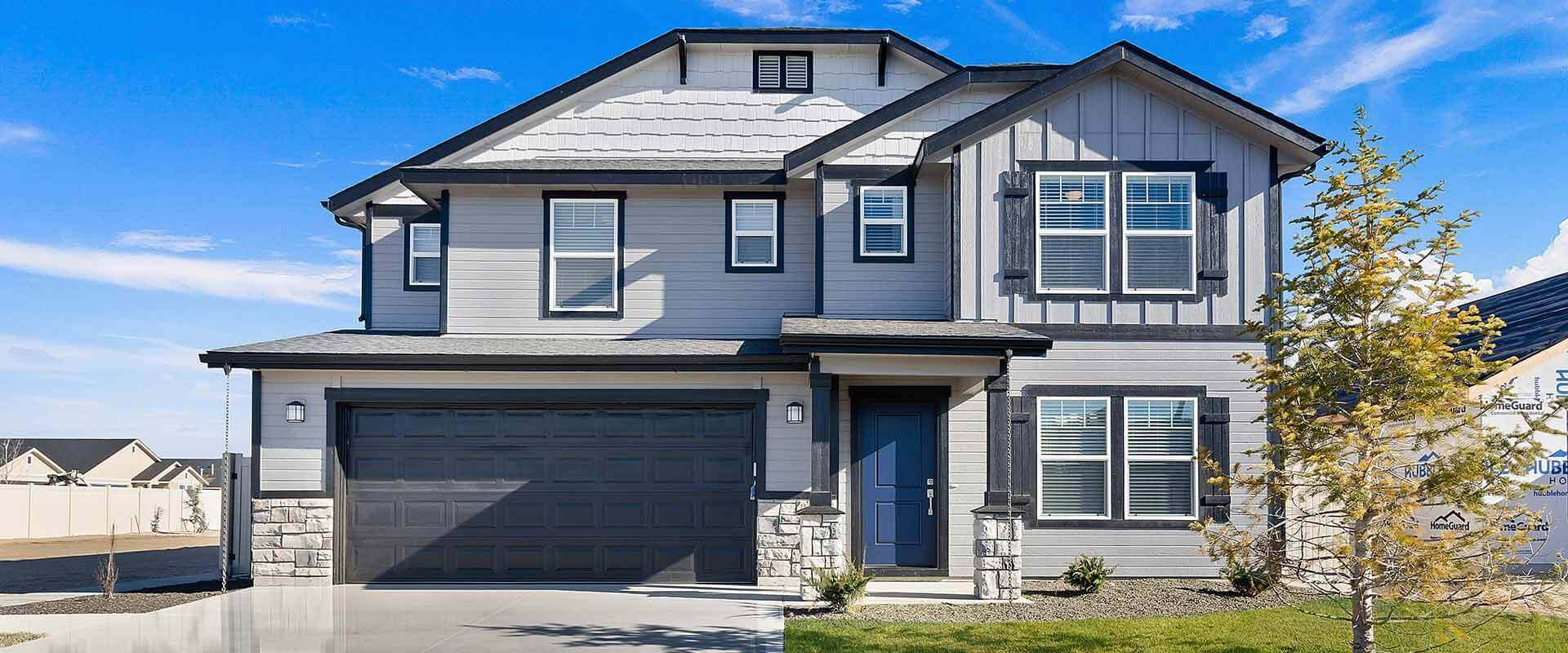 Spruce_Hubble_Homes_New_Homes_Boise_Front of Home.jpg
