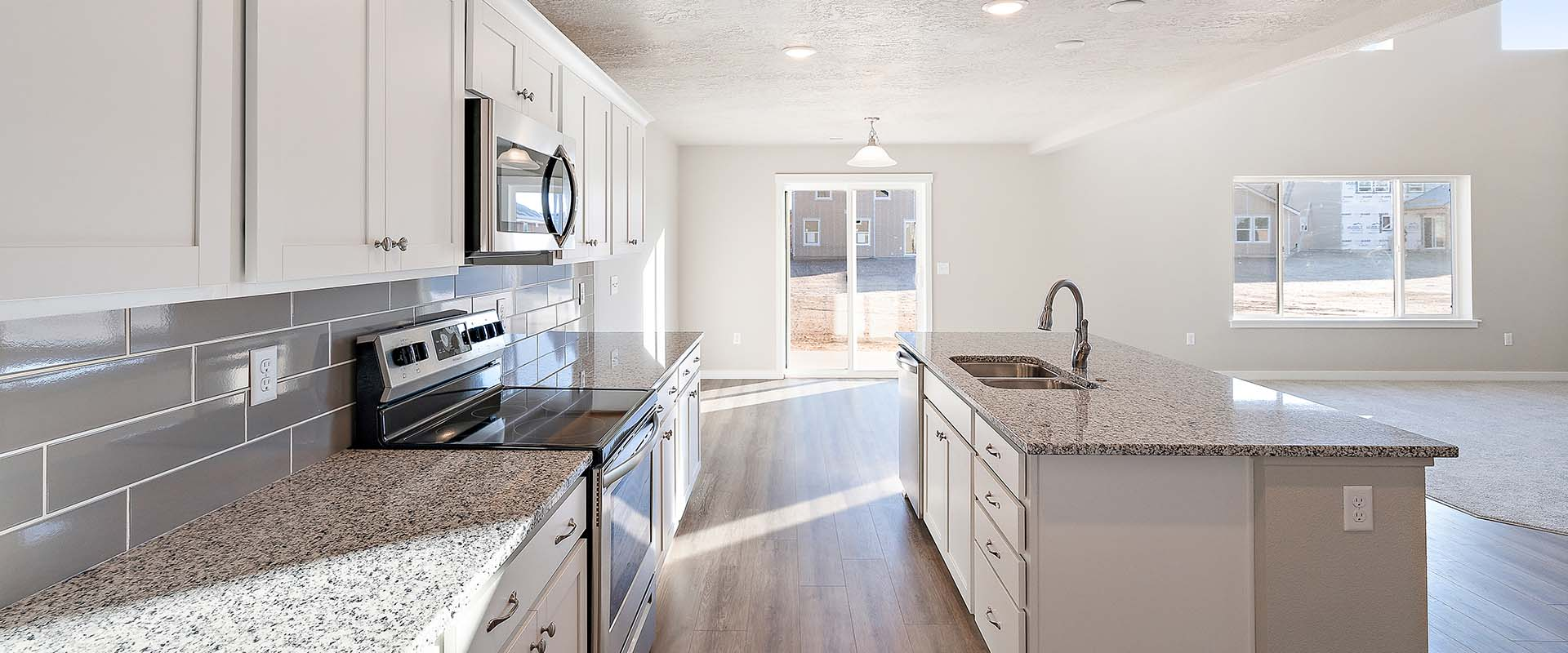 Topaz-Kitchen-new-homes-boise-idaho-hubble-homes.jpg